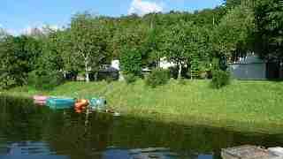 bungalows au bord du lac maury